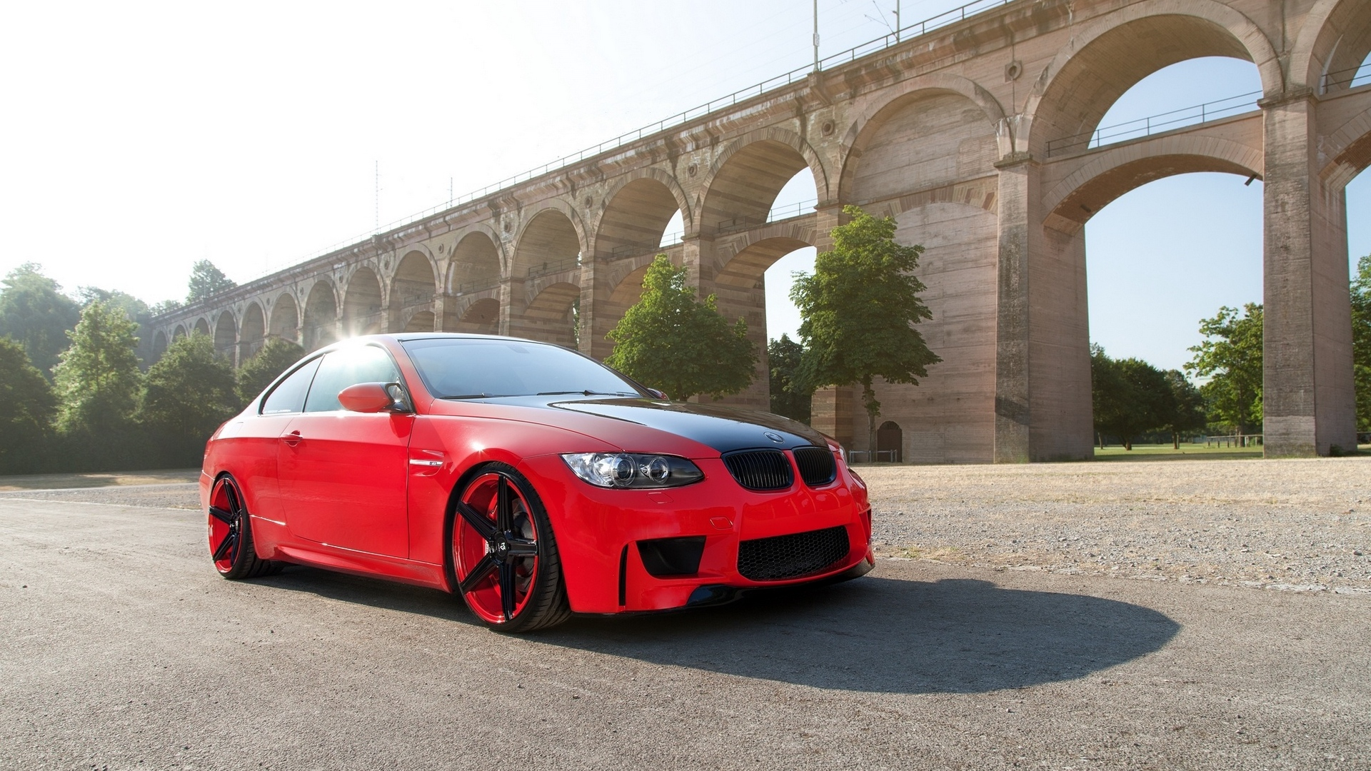 cable car,bridge,red river,and,pinko,nosepiece,automobile,cars,scarlet,e92,bmw,m3,car,railroad car,ruby,bridge deck,red,redness