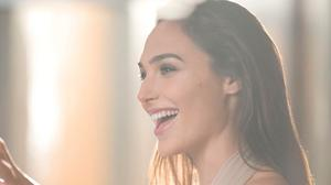 Gal Gadot Smile Dreamy Look Free HQ Image