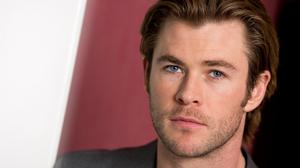 Chris Hemsworth Actor Face Hair Free Download Image