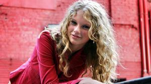 Taylor Swift In Pink Download Free Image