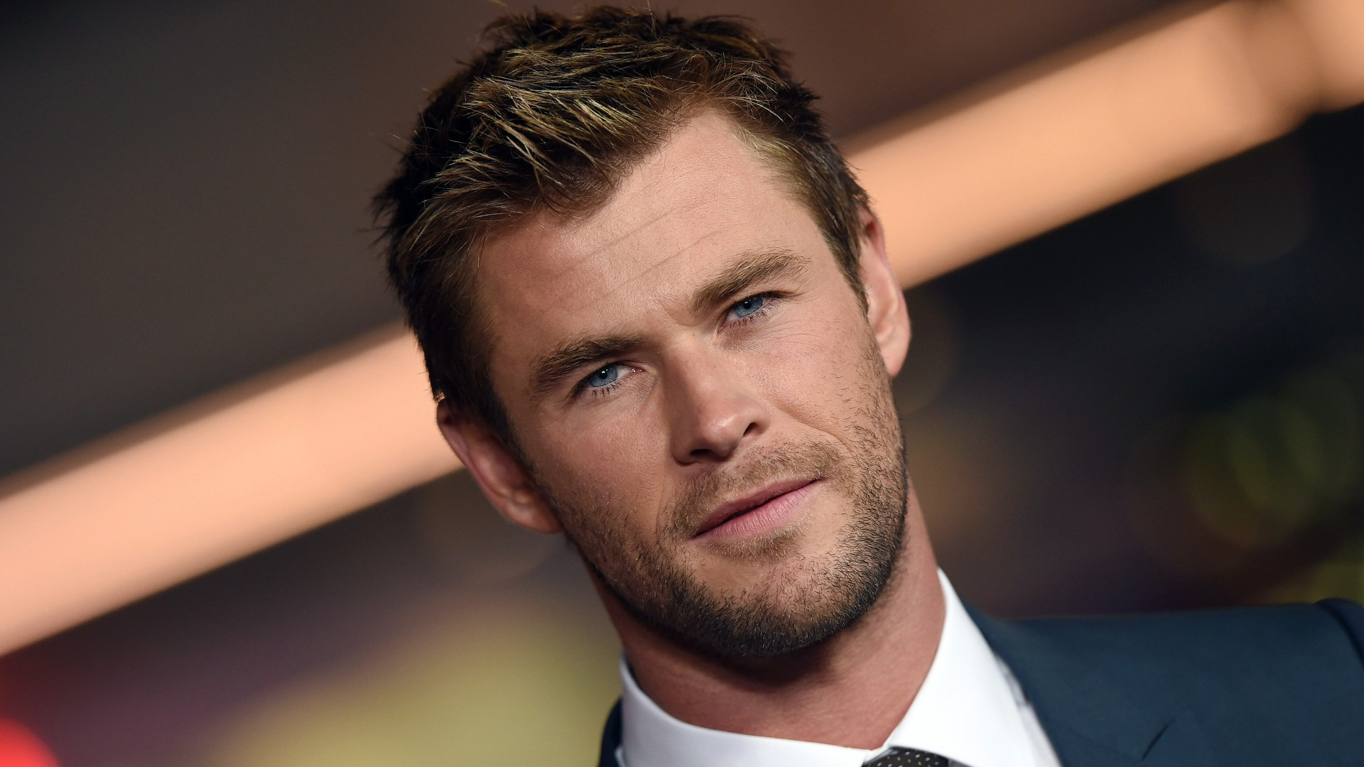 chris,hemsworth,celebrities,chris hemsworth