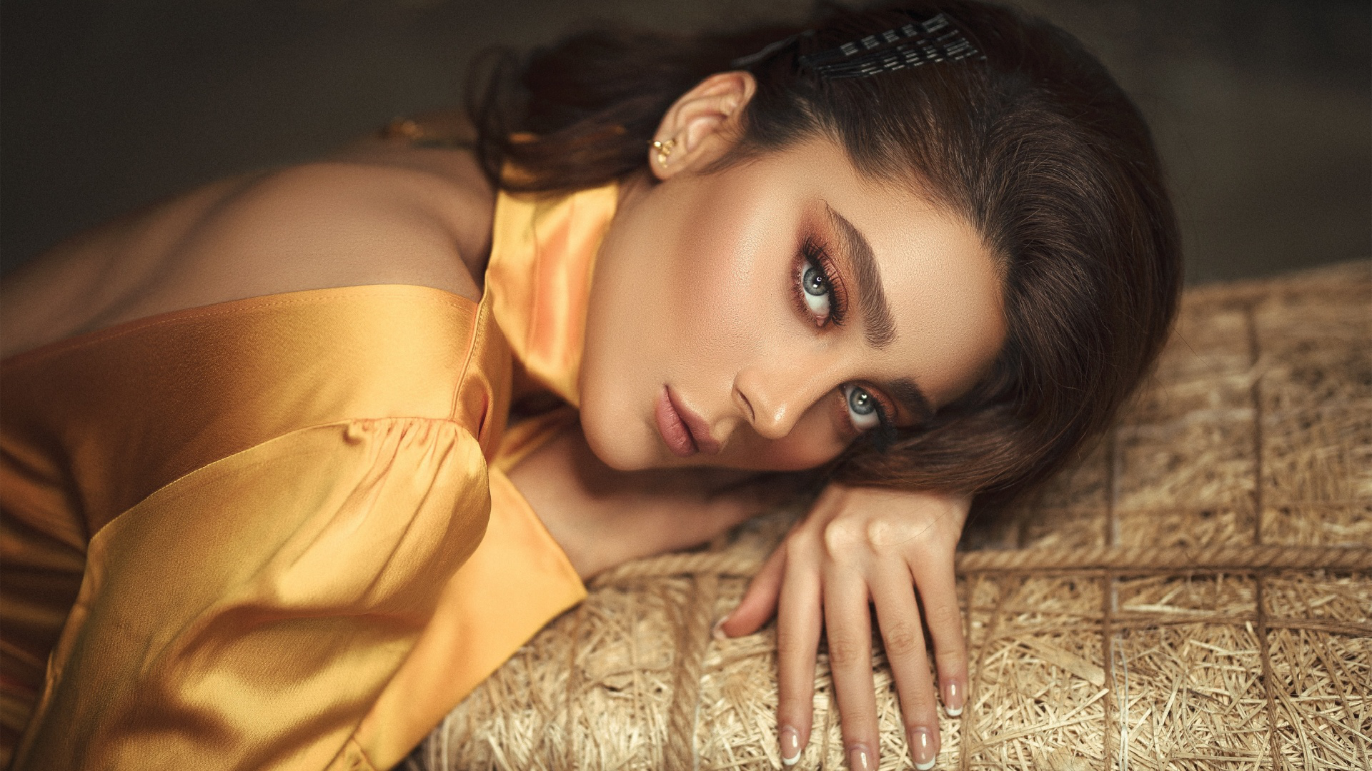 beautiful,fashion,human,celebrities,char,design,female,portrait,girl,satin,style,picturesque,womanhood,young,pretty,woman,beauty,makeup,outfit,brownhair,background,cleaning woman,look,cleaning lady,adult female,face,youth,person,aesthetic,model,charwoman,vogue