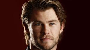 Chris Hemsworth Beard Face HQ Image Free Wallpaper