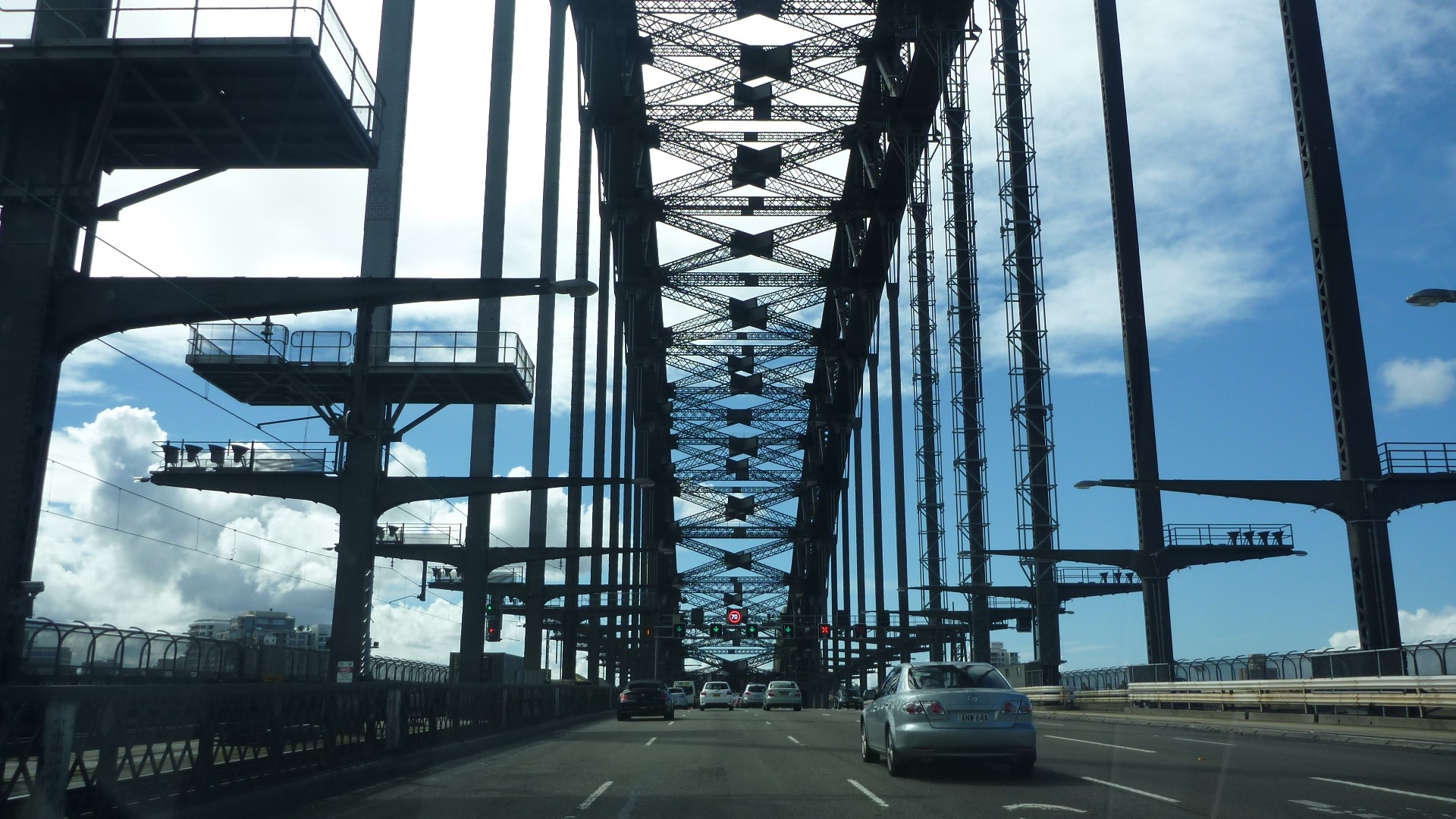 city,metropolis,span,bridge,nosepiece,urban center,bridge circuit,architecture,sydney,bridgework,bridge deck,structure