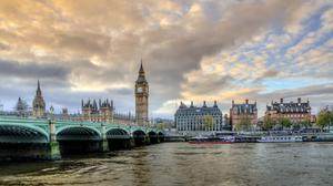 Westminster Bridge With Ellizabeths Tower During Sunrise Free HD Image