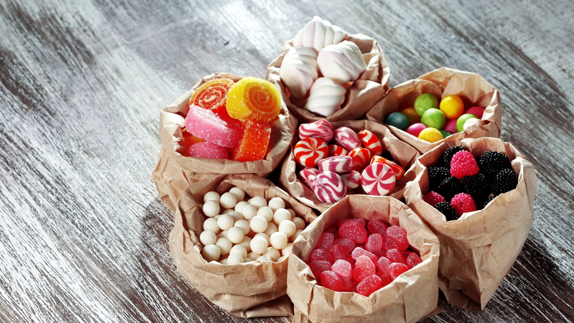 box,confectionery,parcel,package,food,concoction,confection,glaze,packet,bundle,nutrient,comfit,candy,sweets and candies