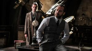 Jude Law As Albus Dumbledore Fantastic Beasts 2 Wallpaper Free Photo